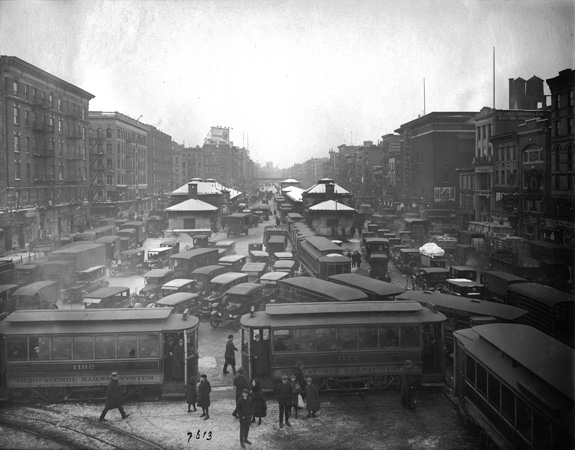 Williamsburg Bridge, view looking west from esplanade, showing congested traffic on Delancey Street, Manhattan, January 29, 1923