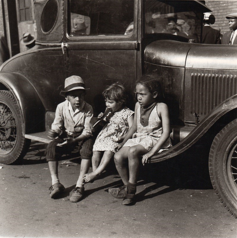 Children and Car, Maxwell Street